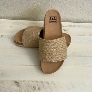 Dirty Laundry size 7 woman's sandals